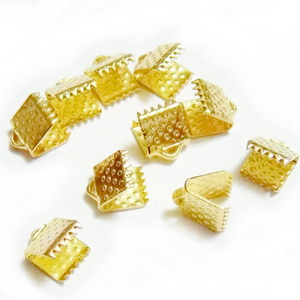 Capate prindere panglici, aurii, 8x6mm 10 buc