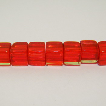 Margele sticla cubice rosii 6x6mm 10 buc