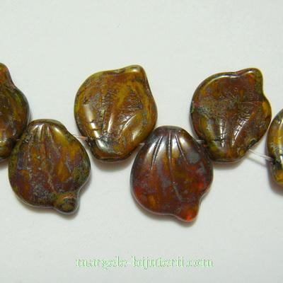 Frunzulite sticla Cehia, maro, Picasso, 14x12x3mm 1 buc