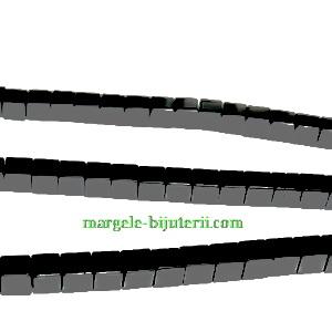 Hematite nemagnetice, negre, mate, cubice, 3mm 1 buc