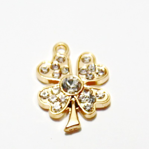 Pandantiv auriu, trifoi cu 4 foi, cu strasuri, 19x14mm 1 buc