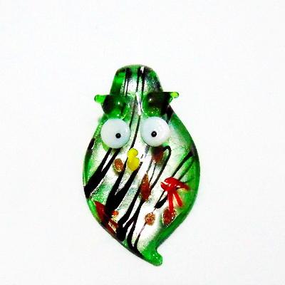 Pandantiv sticla cu foita argintie, verde, bufnita 52x32x10mm 1 buc