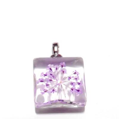 Pandantiv sticla, patrat, 20mm, interior floare mov 1 buc