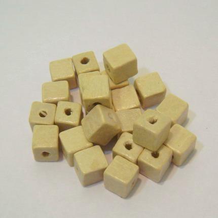 Margele lemn cubice albe 8mm 30 buc