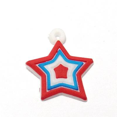 Pandantiv cauciuc, stea alb cu rosu si albastru, 25x21mm 1 buc