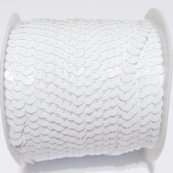 Panglica paiete plastic, albe, 6mm  1 m