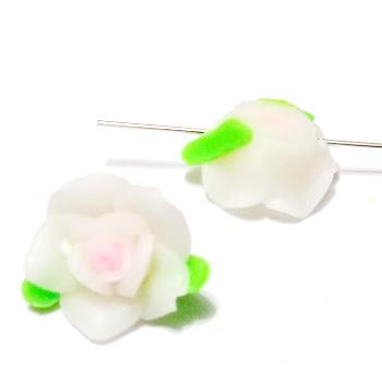 Margele polymer, floare alba cu roz, 12x10mm 1 buc