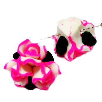 Margele polymer, buchet 3 flori albe cu fucsia, 22-23mm  1 buc