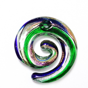 Pandantiv Murano, verde cu argintiu, auriu si turcoaz, spirala 49x46x6mm 1 buc