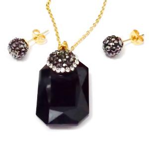 Set lant inox 304,auriu cu pandantiv negru si cercei  1 set
