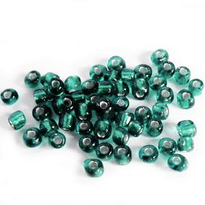 Margele nisip, verde smarald, cu miez argintiu, 4mm 20 g