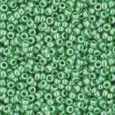 Margele TOHO rotunde 11/0 : Opaque-Lustered Mint Green 20 g