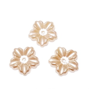 Floare cu 5 petale, plastic ABS, imitatie perle plastic, bej inchis, 12x13x1.5mm 1 buc