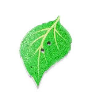 Nasturi lemn, frunza verde deschis, 34x20x2mm 1 buc