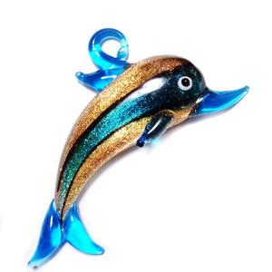 Pandantiv sticla, lampwork, bleu cu glitter auriu, delfin, 71x41mm 1 buc