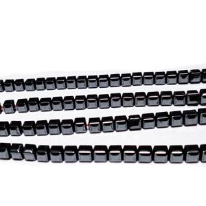 Hematite nemagnetice, negre, cubice cu muchiile tesite, 3x3x3mm 1 buc