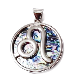 Pandantiv metalic, argintiu inchis cu imitatie scoica paua, LEU, 44x33mm 1 buc
