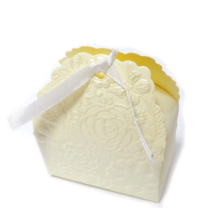 Cutie carton, crem-galbui, 7x4x8.5cm 1 buc