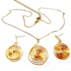 Set colier si cercei aurii cu spirala  1 set