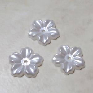 Floare cu 5 petale, plastic ABS, imitatie perle plastic, alba, 12x13x1.5mm 1 buc