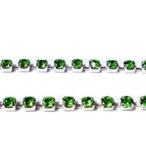Margele montee rhinestone, insiruite, sticla verde deschis, pe baza argintie, 2x2mm 1 m