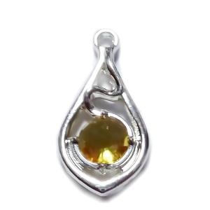 Pandantiv argintiu cu stras auriu de 6mm, 22x11x3.5mm 1 buc