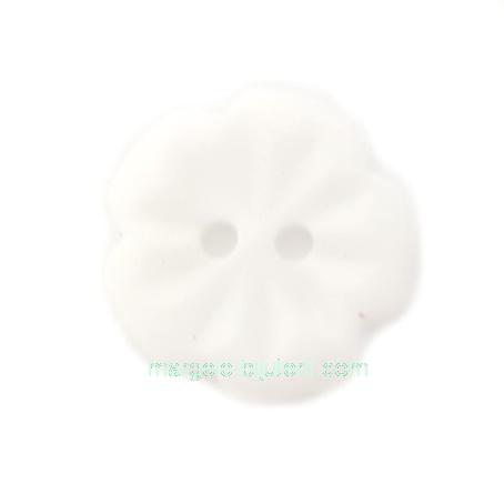 Nasturi plastic alb, floare 15x2.5mm 1 buc