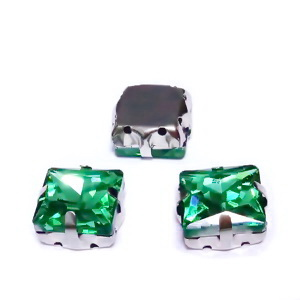 Margele montee rhinestone, sticla, patrate, verde smarald, 12.5x12.5x7.5mm 1 buc