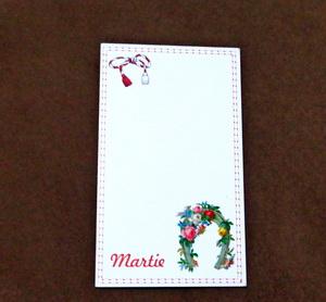 Carton martisor cu potcoava si flori, 9x5.3 cm 10 buc