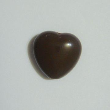 Margele plastic maro, inimioare 13x13mm 1 buc