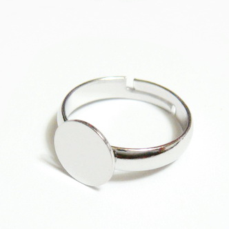 Baza inel, argintiu inchis, diametru interior 14mm, platou 8mm 1 buc