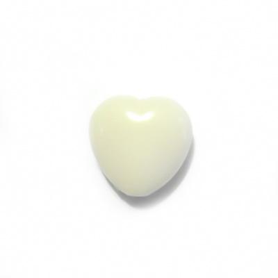 Margele plastic crem, inimioare 13x13mm 1 buc
