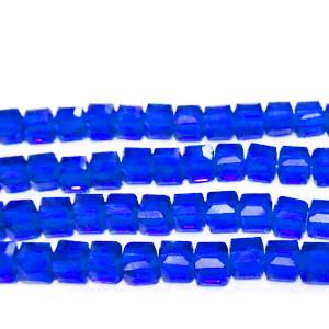 Margele sticla, albastru-cobalt, cubice cu muchii tesite, 4x4mm 1 buc