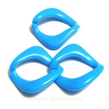 Conector/link plastic albastru, 28x29mm, interior 24x16mm 1 buc