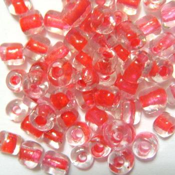 Margele nisip, transparente, cu interior rosu, 4mm 20 g