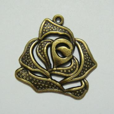 Pandantiv bronz, trandafir 26x26mm 1 buc