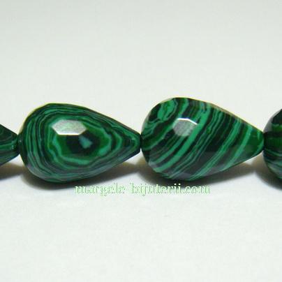 Malachit de sinteza, verde, multifete, lacrima 20x12mm 1 buc