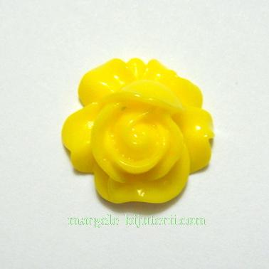 Cabochon rasina, floare galbena, 16x9mm 1 buc
