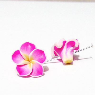 Margele polymer, floare plumeria fucsia, cu 5 petale, 15x9mm 1 buc