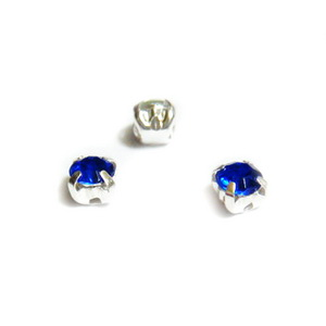 Margele montee rhinestone, plastic, albastre, 4.2x4.2x4mm 1 buc