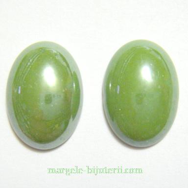 Cabochon sticla, verde, sidefat, 18x13x5mm 1 buc