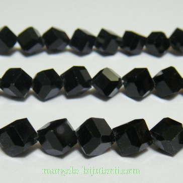 Margele sticla, cubice, negre, orificiu pe diagonala, 8x8x8mm 1 buc