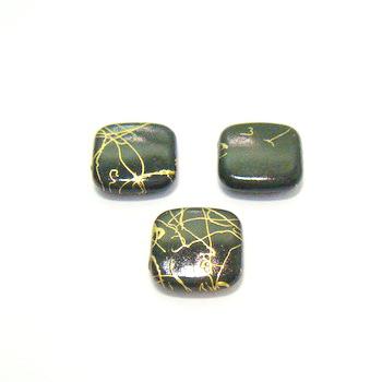 Margele plastic negre cu auriu 17x17mm 1 buc