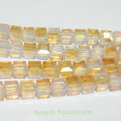 Margele sticla, cubice, electroplacate, aurii, 6x6x6mm 1 buc